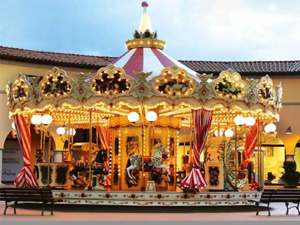Carousel-christmas-for-sale-with-high-quality.jpg (620×465)