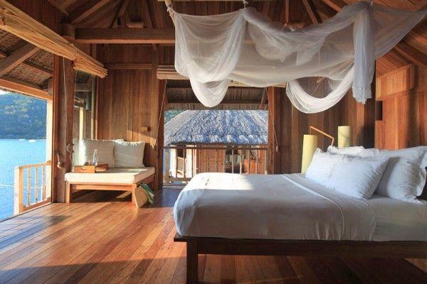 Wooden Bedroom, Beach