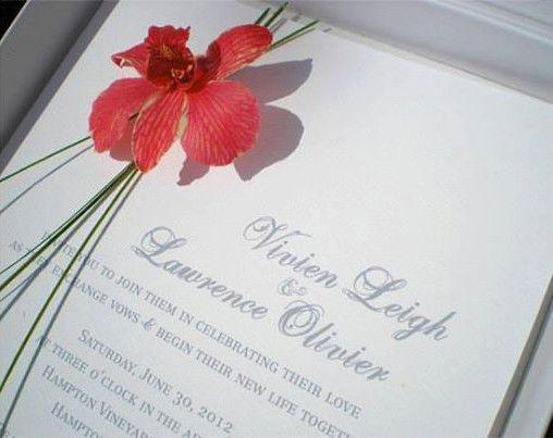ボックにお花が入ったステキなカード♡結婚式のエレガントで高級感ある招待状のまとめ一覧です♡