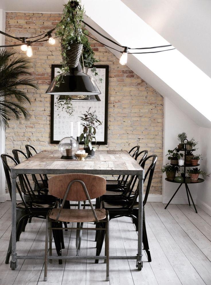 Dining Room with exposed brick wall 6 misundelsesværdige spisestuer - hvilken er din favorit