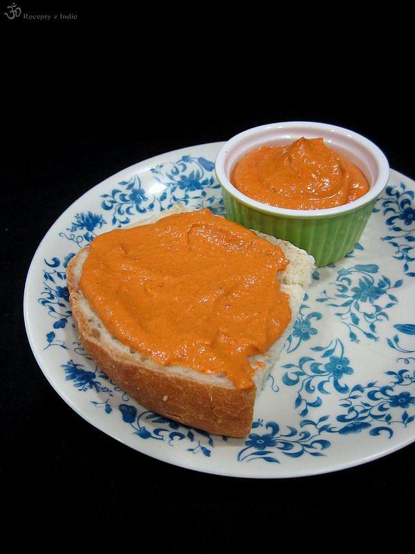 Natierka z cervenych paprik a kesu orechov