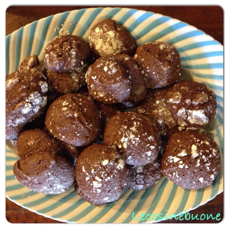 Cioccolato e grappa  http://lecosinebuone.wordpress.com/2014/10/06/biscotti-cioccolato-e-grappa/