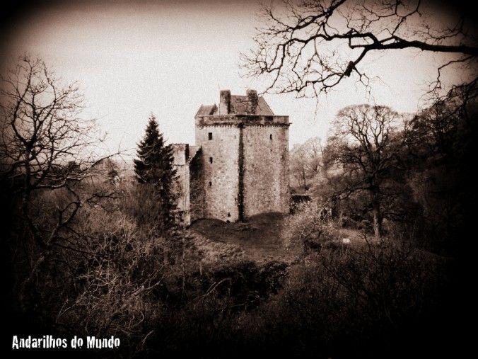 Castelos mal-assombrados e umas impressões galesas