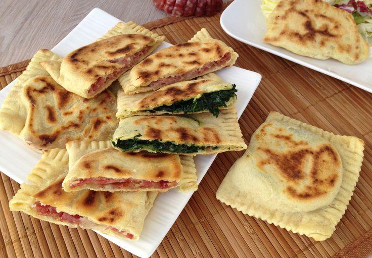 """Ideali per un pranzo veloce o un aperitivo sfizioso: prepariamo i """"Cassoni romagnoli"""""""
