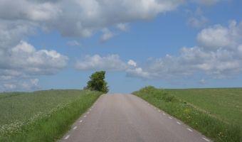 Killebackevägen, approach to Red Bird Farm
