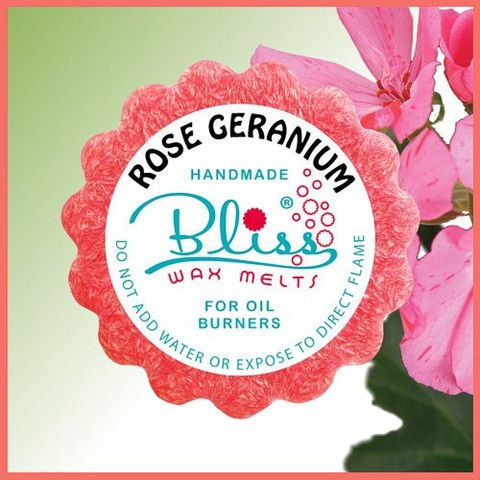 With a touch of rose and a slightly peppery tone. This enchanting wax melt scent scatters an amazing and mesmerising aroma of rose geranium into the air with pleasant memories of childhood gardens