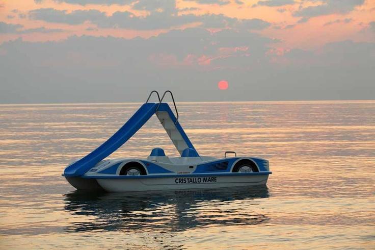 #landscape #sea #sunset #pedalo