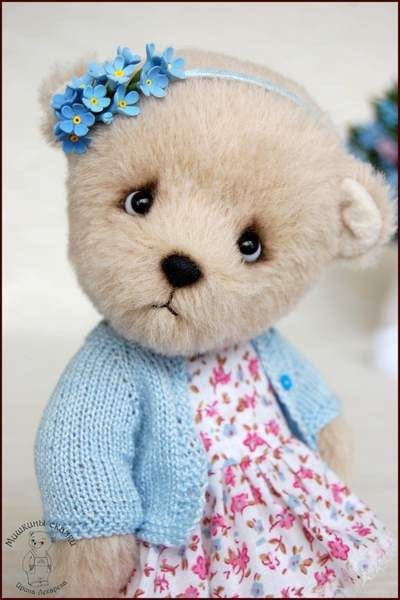 Forget-me-not.Artist teddy bear by By Irina Lekareva (TaddyTales) | Bear Pile