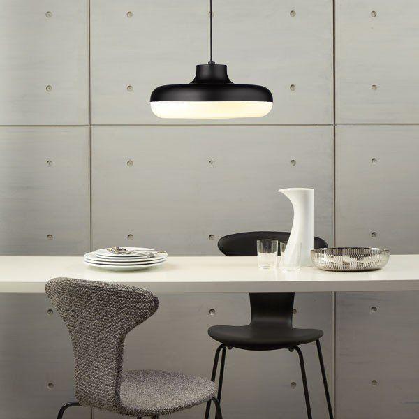 Chamberline Pendant Light – modern black hanging lamp