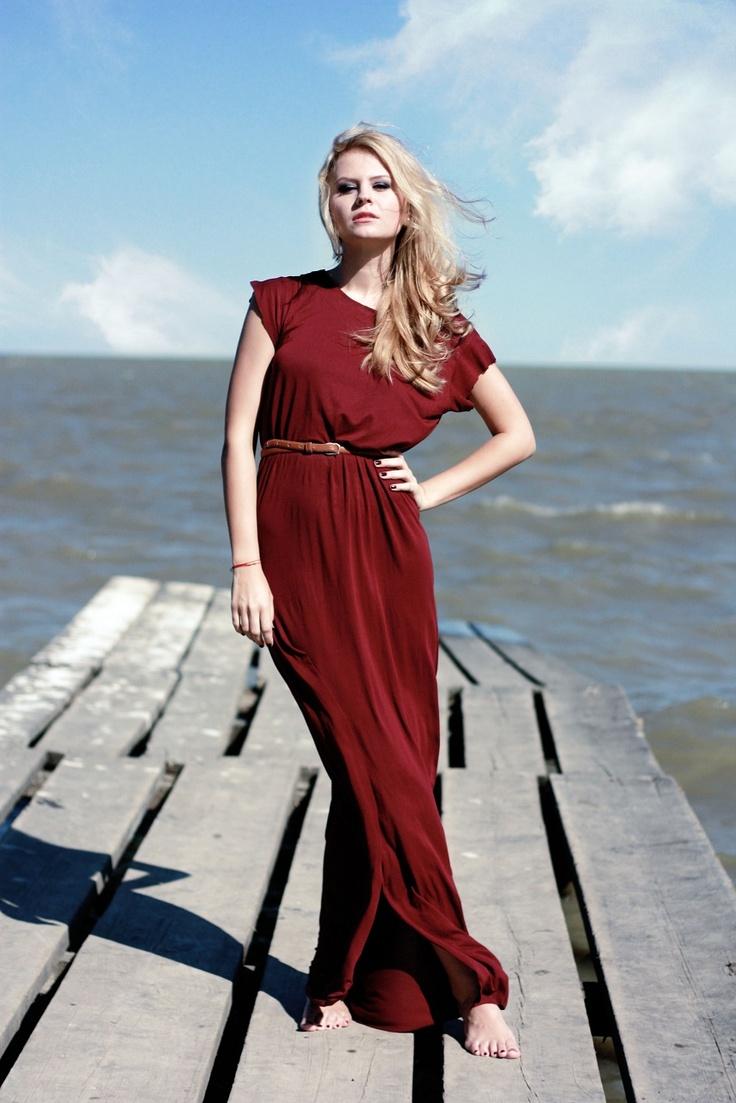 Shop the SPLIT maxid dress on www.theitem.co