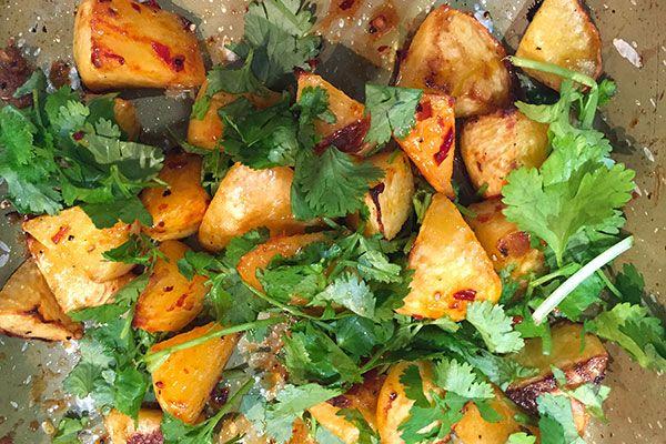 Chilli-roasted swede