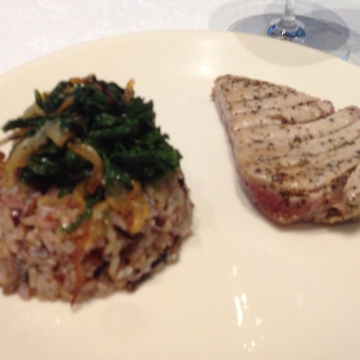 Tuna with spinach on a bed of wild rice