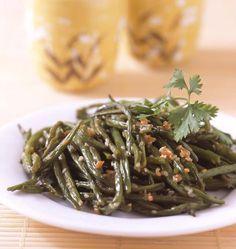 Haricots verts sautés à l'ail et sauce soja au wok, la recette d'Ôdélices : retrouvez les ingrédients, la préparation, des recettes similaires et des photos qui donnent envie !