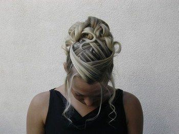 Coiffure mariée - Cheveux courts ou mi long - Photo 1