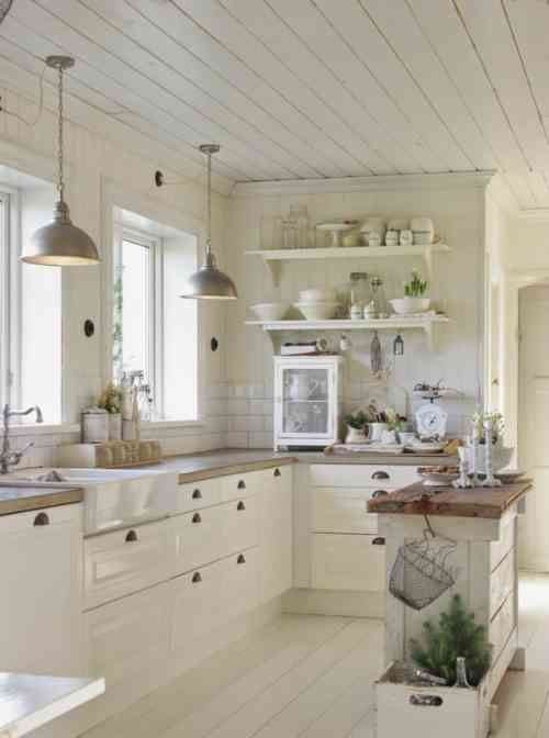 campagnarde blanche cuisine campagnarde maison douillette bois cuisine cuisine toute cuisine chic cuisine chalet ambiance cuisine cuisine ikea