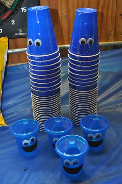 Cookie Monster Birthday Party DIY ideas.                                                                                                                                                                                 More