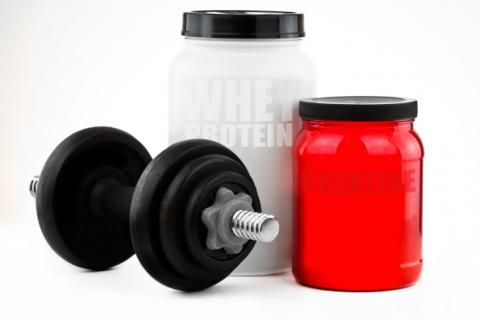 Creatine is one of the popular supplements that help you gain weight and build muscle at a faster rate. Here are some unknown facts about creatine that you might not know. Weight Gain Supplements, Nutritional Supplements, Best Creatine Supplement, Proper Nutrition, Fitness Diet, Muscle Fitness, Diet Tips, Health And Beauty, Health Tips