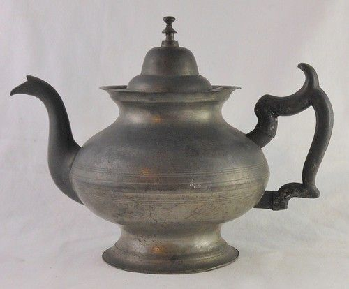 """Signed """"R. (Roswell) Gleason"""" Great Early 1800's American Pewter Teapot"""