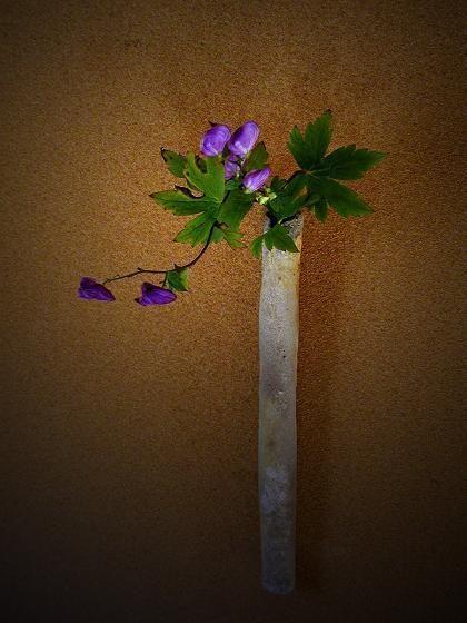 一花一葉 by アツシ Asian-style flower arrangement