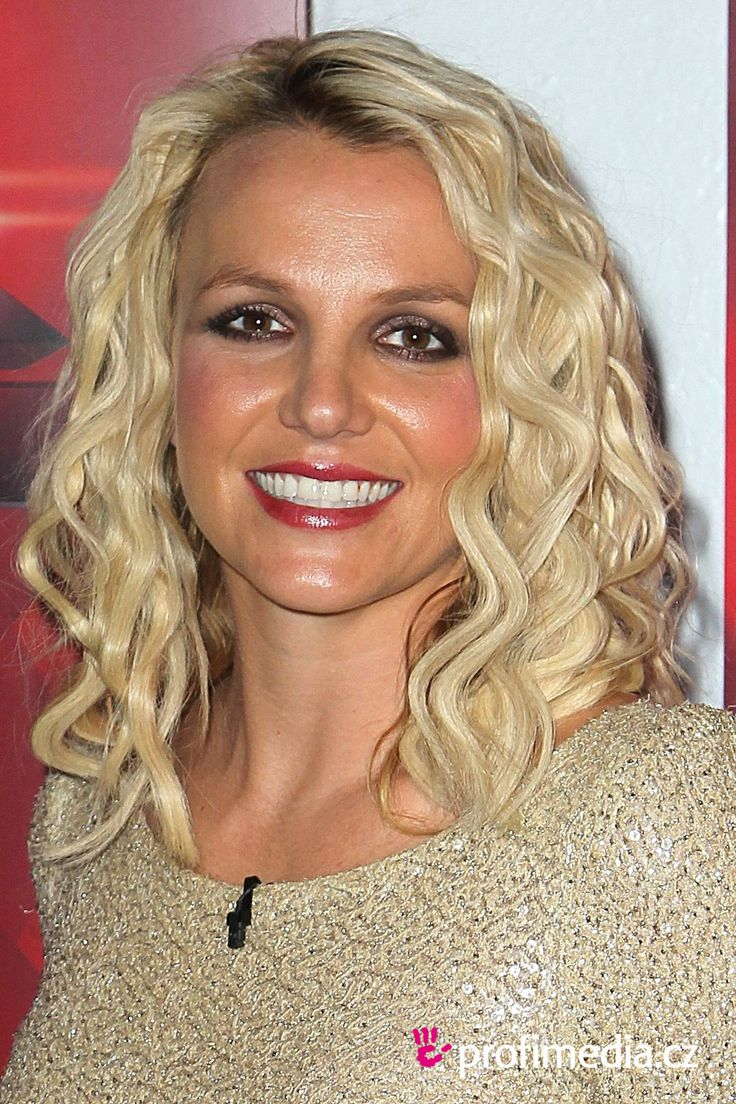 Porm celebrity hairstyles - The Sophisticated Britney Spears Succulent Honey