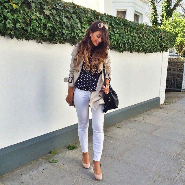 Mimi Ikonn   Trench coat, polka dots t-shirt, white jeans, nude heels