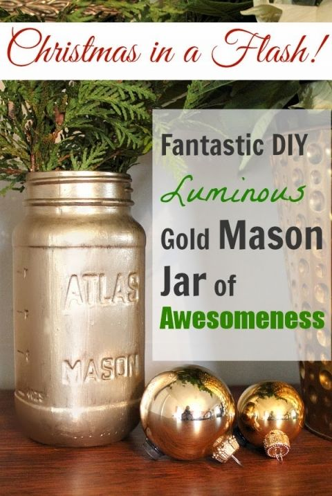 Make your own beautiful and festive Christmas urns for cheap!