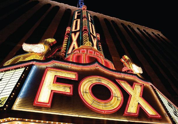 Detroit Marriott at the Renaissance Center Fox Theatre