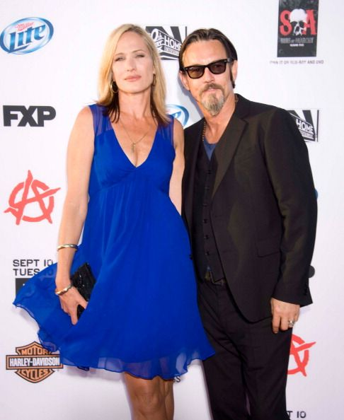 Actor Tommy Flanagan and wife Dina Livingston arrive at FX's 'Sons Of... News Photo 180034415