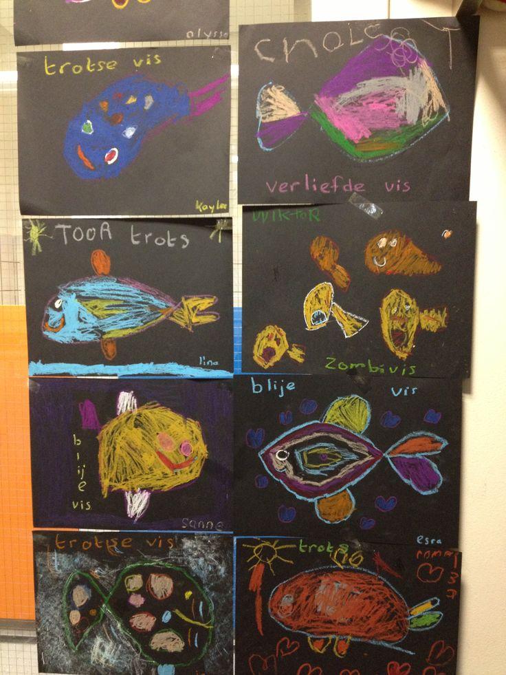 Vissen tekenen bij het boek 'vrolijk' van Mies van Hout. 2013