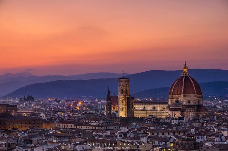 We thought we'd stop sharing in chronological order as we have so many photos of different trips still to upload. Here's one from beautiful Florence in  Italy. After a disastrous time in Cinque Terre we had an amazing worry-free time in this pretty city.