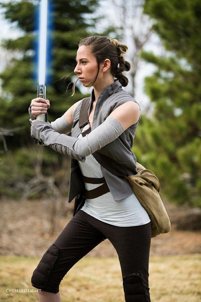 Amazing Star Wars Cosplays You Have To See | Darth Vader Approves First cosplay that I picked is made by AlyCat Cosplay. What I liked the most about this photo of Rey´s cosplay is realistic lightsaber but the rest is cool too! What do you think?
