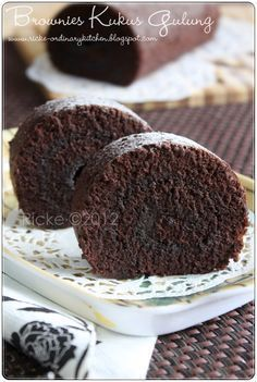Just My Ordinary Kitchen...: BROWNIES KUKUS GULUNG (STEAMED BROWNIE ROLL)