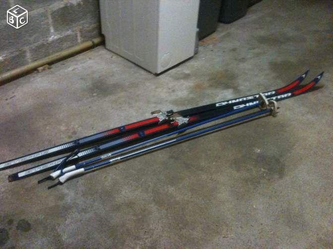 Skis de fond + batons