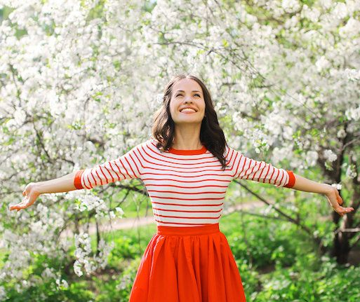 23 Thoughts Women Have When Spring Starts