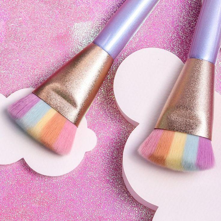 Rainbow Unicorn Makeup Brushes Magic Rainbow Strobing