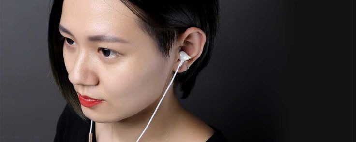 Biometric solution measures acoustics and structure of ear cavities