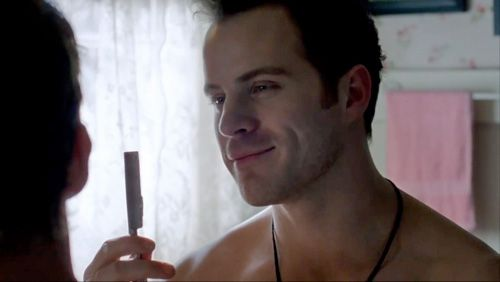 Rob Kazinsky True Blood | Newcomer Robert Kazinsky Talks Steamy Gay 'True Blood' Shaving Scene ...
