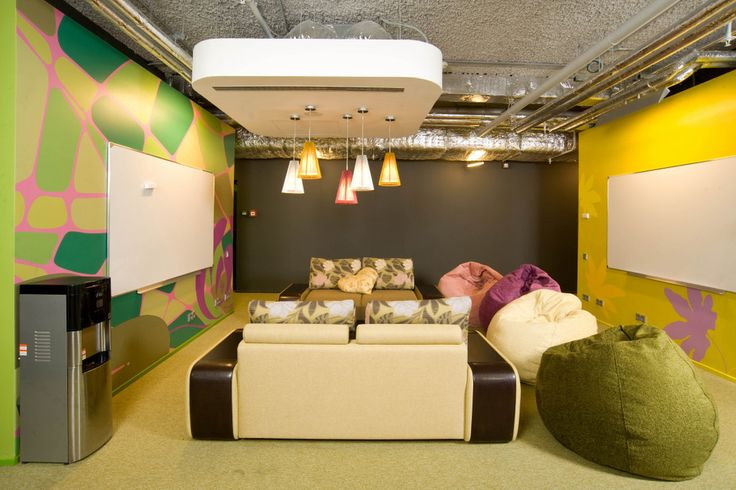 Google / 21 Inspirational Collaboration Workspaces ...