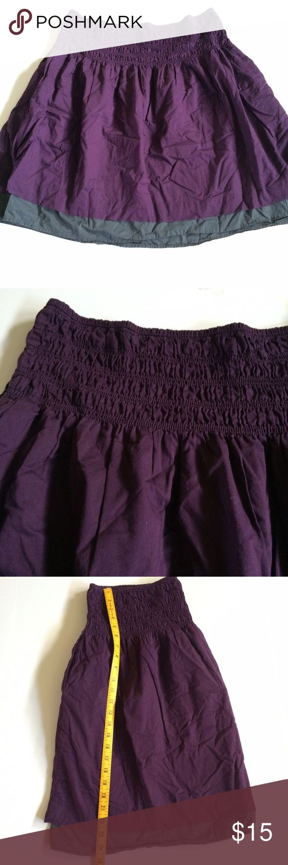 Gap Skirt Gap skirt in deep purple and gray. Has large band at waist Gap Skirts