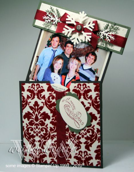 Great Christmas Card idea!: Gift Boxes, Cards Ideas, Wmw Gift, Families Christmas, Surprise Photos, Gift Cards, Christmas Stampin Up Gifts, Paper Crafts, Handmade Christmas Cards
