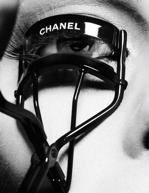 Chanel eyelash curler.