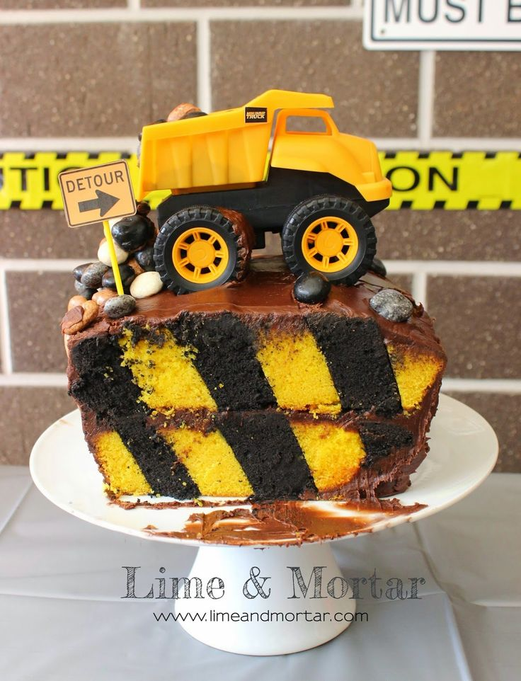Lime & Mortar: Kids Parties: Construction Party Cake