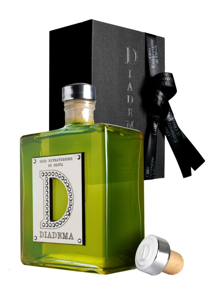 Stellar Diadema olive oil #packaging to go with our bread PD