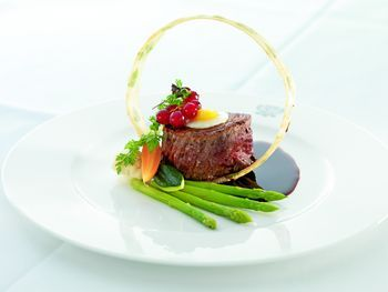 Google Image Result for http://carytutor.com/wp-content/uploads/2011/03/haute-cuisine.jpg