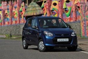 India's largest car-maker Maruti Suzuki has received a new title for its Alto hatchback to be proudly displayed in the trophy shelf. The Alto hatchback has recently been awarded 'World's bestselling car in 2013′.