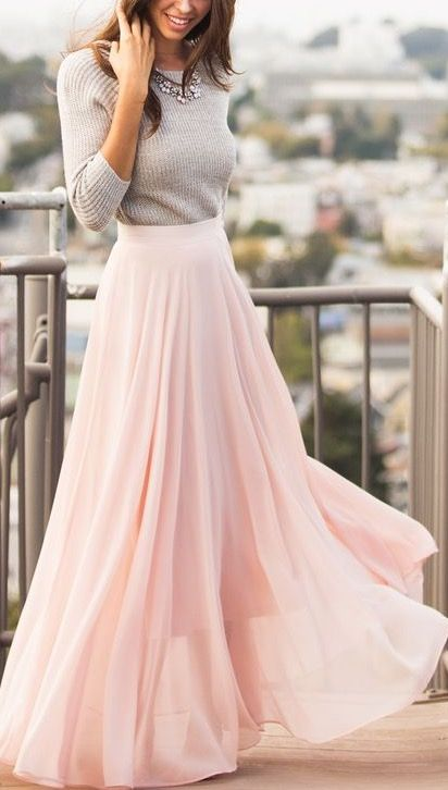 This dusty pink maxi chiffon skirt is so cute