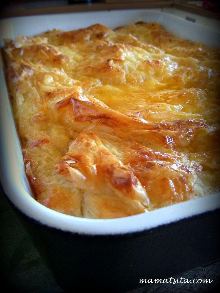 Bougatsa (cream pie) #μπουγάτσα #bougatsa #cream #pie #greekfood #xrisizimi #delicious #recipe #mamatsita