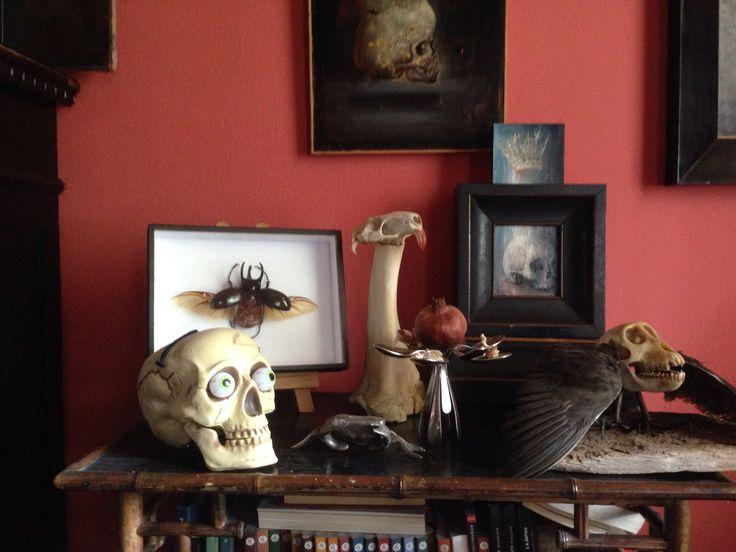Skulls altar