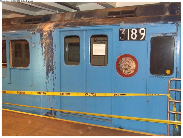 (170k, 1044x788)<br><b>Country:</b> United States<br><b>City:</b> New York<br><b>System:</b> New York City Transit<br><b>Location:</b> New York Transit Museum<br><b>Car:</b> R-10 (American Car & Foundry, 1948) 3189 <br><b>Photo by:</b> John Barnes<br><b>Date:</b> 7/19/2007<br><b>Notes:</b> This car will be restored by the museum.<br><b>Viewed (this week/total):</b> 2 / 3788