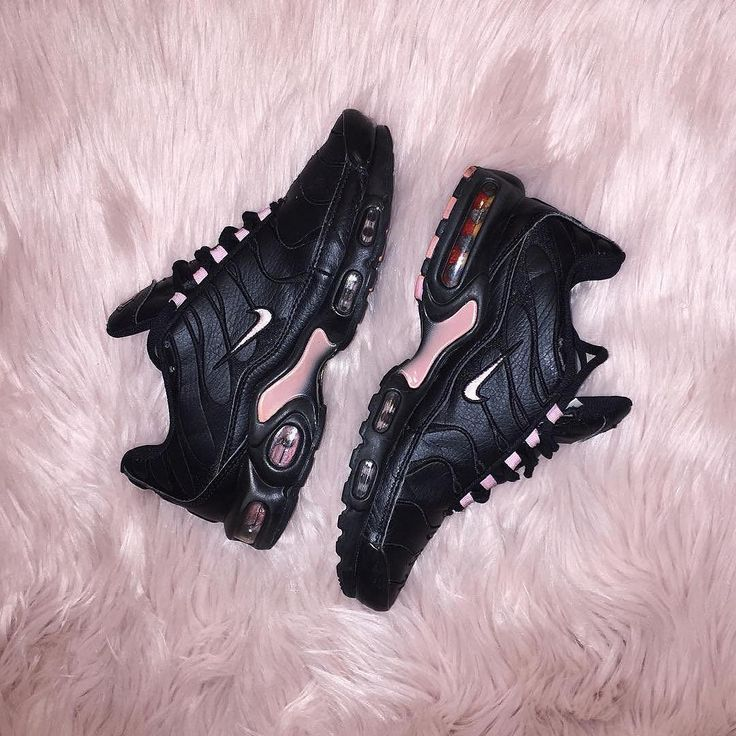 Sneakers femme - Nike Air Max Plus TN (©poloshelly)